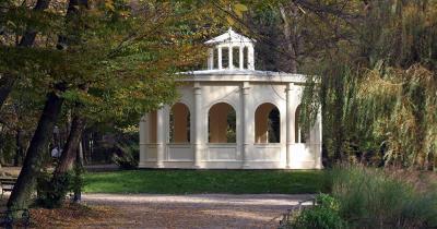 Maksimir-Park - Pavillion