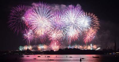 Festa del Redentore - Das Feuerwerk der Festa del Redentore vor dem Dogenpalast