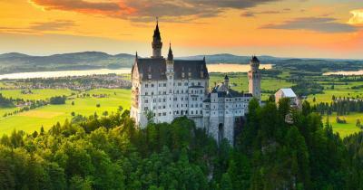 Schloss Neuschwanstein - beim Sonnenuntergang