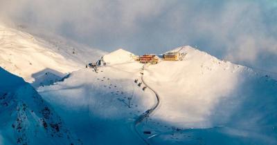 Davos - Bergstation in den Gipfeln
