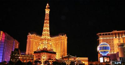 Las Vegas - Bellagio und Paris Casino bei Nacht