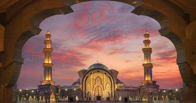 Kuala Lumpur - Moschee im Abendlicht