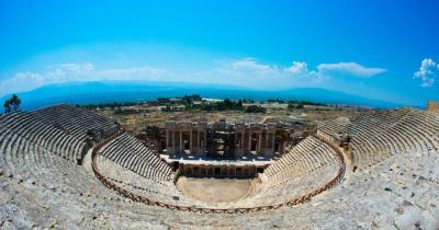 Pamukkale - Blick auf das Roman Theater