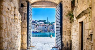 Trogir - Blick durch das Stadttor