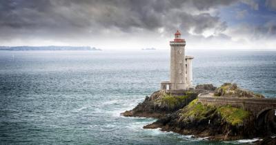 Brest - Blick auf den Leuchtturm Phare du Petit Minou