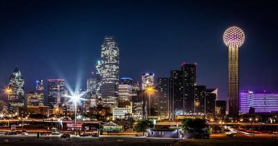 Dallas - Die Skyline bei Nacht