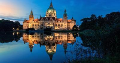 Hannover - Rathaus bei Nacht