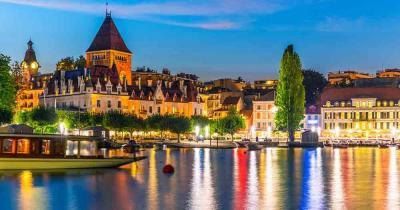 Lausanne - nächtlicher Blick auf das Ufer