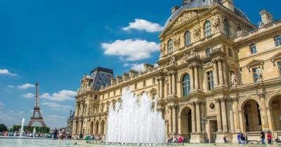 Musée du Louvre - Fassade