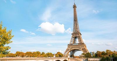 Eiffelturm - im Sommer