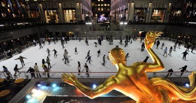 Schlittschuhlaufen am Rockefeller Center - Eislauffläche