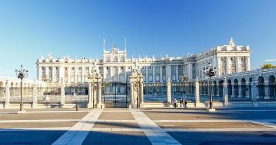 Palacio Real - Vorderansicht