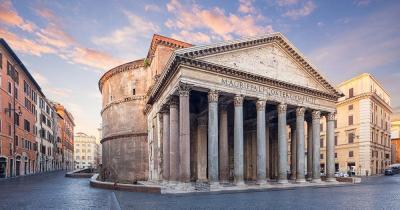 Pantheon - Blick von Aussen