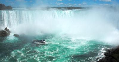 Niagarafälle - Ausflugsboot