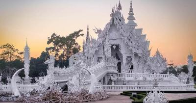 Chiang Mai - Wat Rong Khun die weißen Tempel