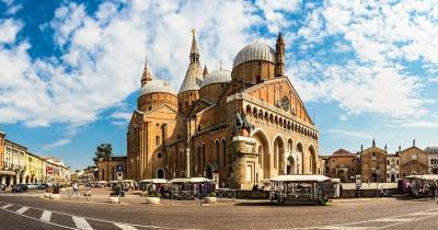 Basilika Des Heiligen Antonius - Panorama