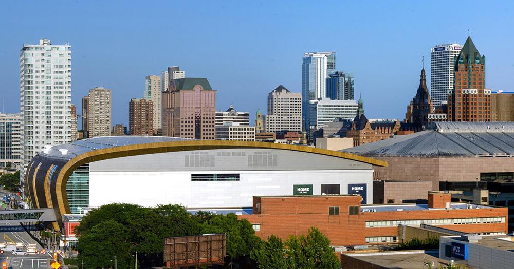 Milwaukee - Skyline