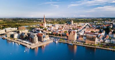 Rostock - Luftaufnahem vom Hafe