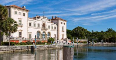 Villa Vizcaya - am Wasser