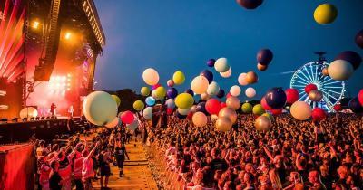 Rock im Park - Ballone bei der Bühne