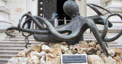 Ozeanographisches Museum von Monaco - Oktopus Skulptur