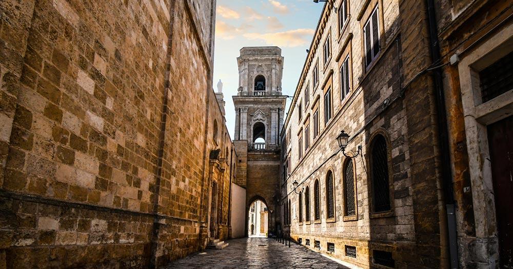Brindisi - mittelalterlicher Turm