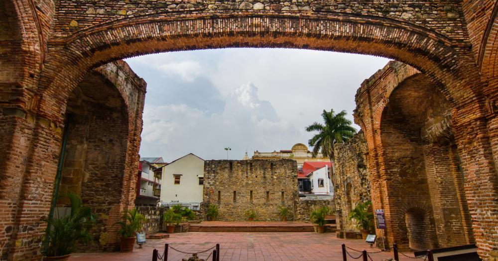 Panama-Stadt - Blick auf den Arco Chato