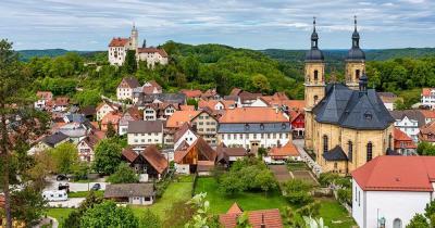 Ammersee / Burg Goßweinstein mit Landschaft