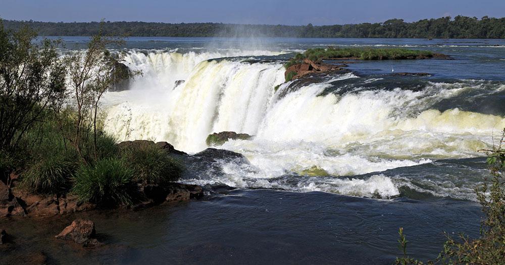 Iguazú-Wasserfälle / Teufelsschlund
