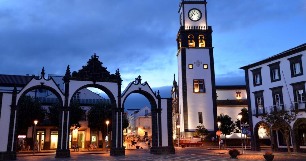 Azoren - Blick auf den Platz Largo da Republica in Ponta Delgada