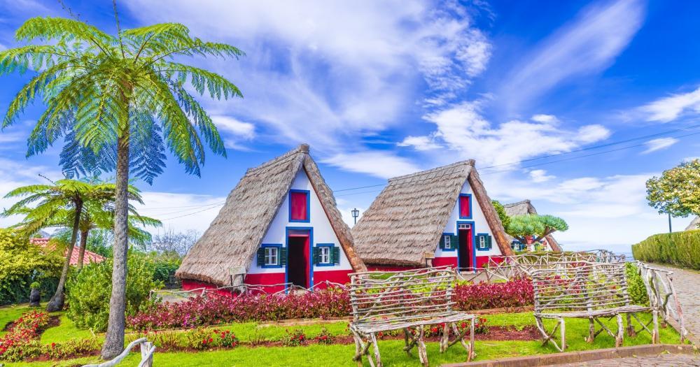 Madeira - Traditionelle Häuser von Santana