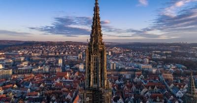 Ulmer Münster / der Kirchturm der Ulmer Münster