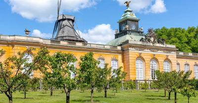 Schloss Sanssouci / neue Kammern im Sanssoucipark