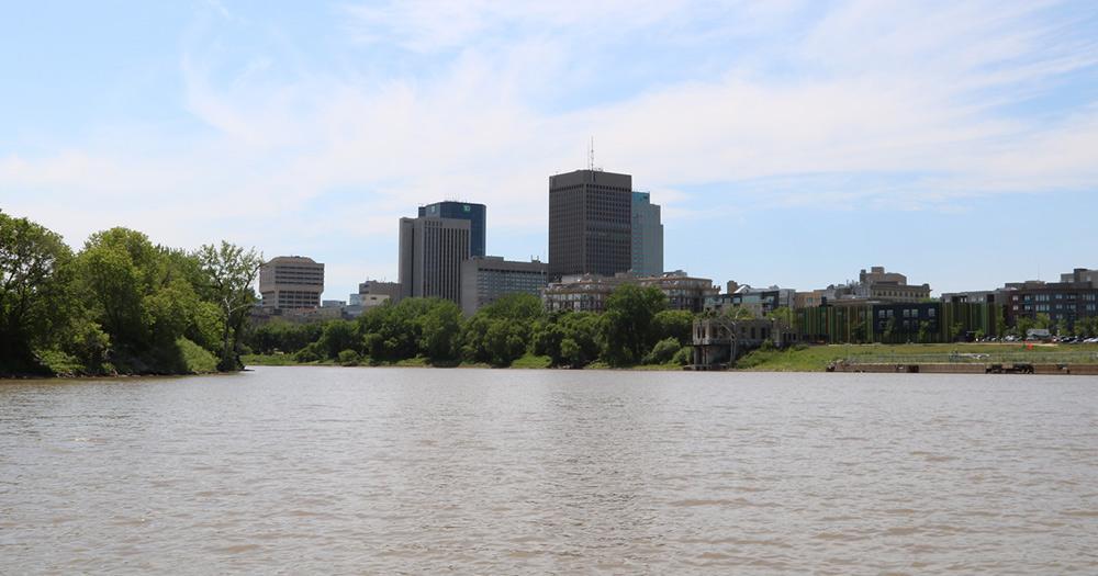 Winnipegsee / Stadtsicht von Winnipegsee aus