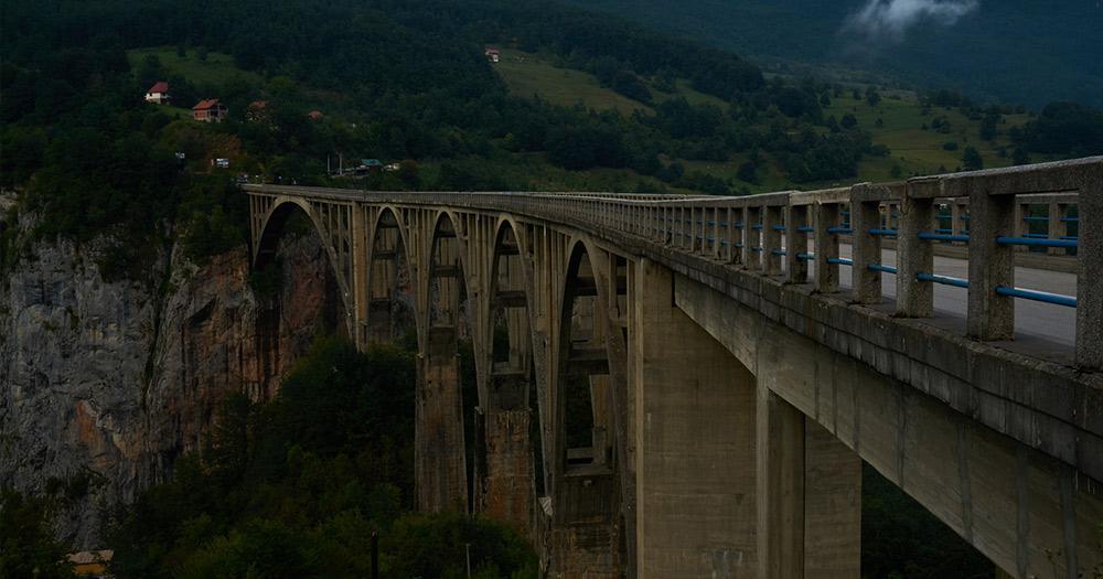 Tara-Schlucht / die Brücke der Tara Schlucht