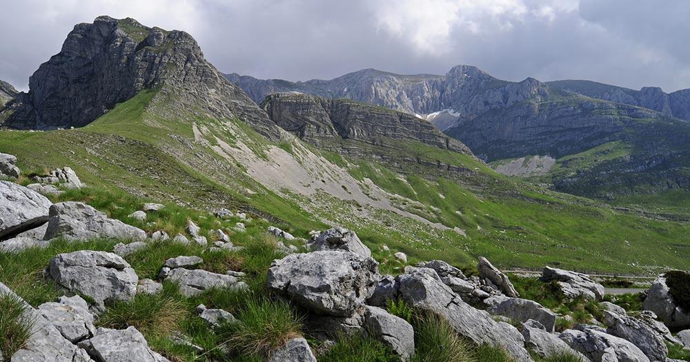Tara-Schlucht / Berglandschaft im Nationalpark Durmitor