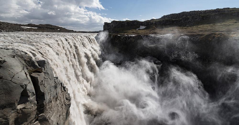 Vatnajökull-Nationalpark / der riesige Wasserfall Dettifoss