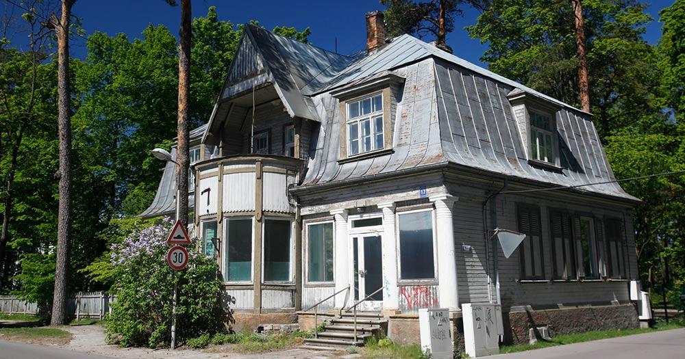 Jurmala / ein Holzhaus in Jurmala