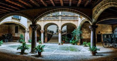 Castell de Bellver / der alte Hof