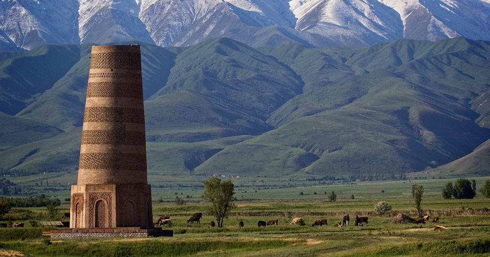Kirgisistan - Antiker Burana-Turm an der berühmten Seidenstraße, Kirgisistan