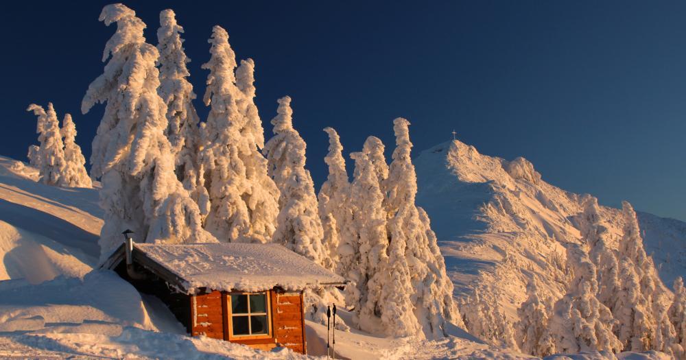 Flachau - Blick auf eine kleine Hütte am Grießenkar