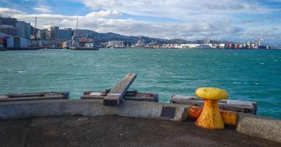 Wellington Harbour / Wellington Harbour