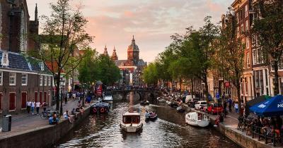 Kanalrundfahrten Amsterdam / Kanalrundfahrt in Amsterdam