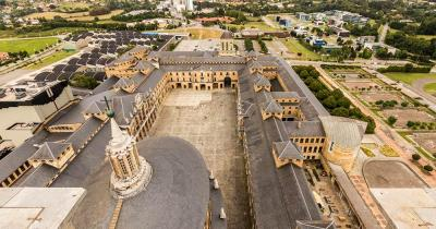 Universidad Laboral de Gijon - die Universidad Laboral de Gijon von oben