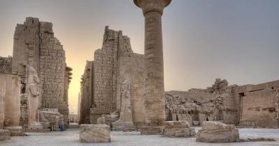Tempelanlage Karnak - Sonnenaufgang in Karnak