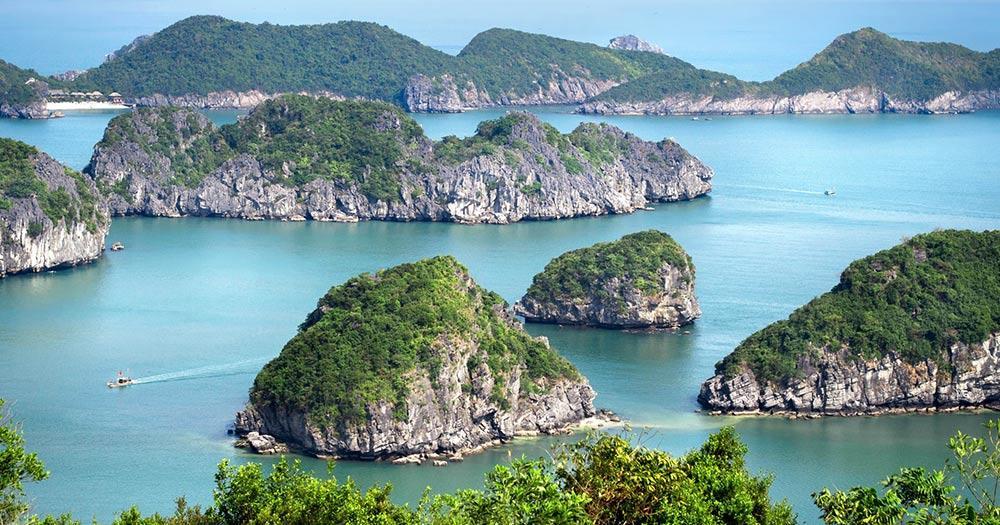 Vinh Ha Long - Kalkfelsen in Vinh Ha Long