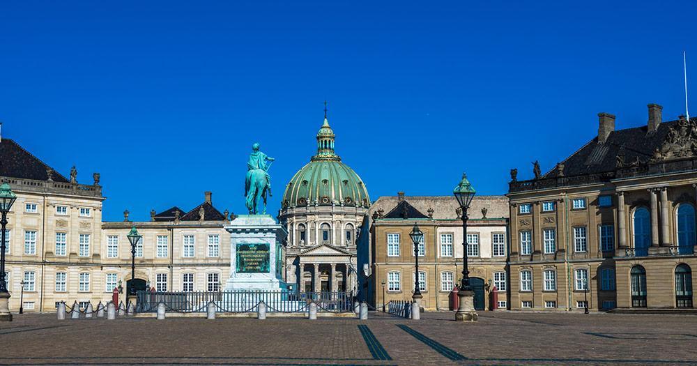 Kopenhagen - Amalienborg  -  Sitz der königlichen Familie