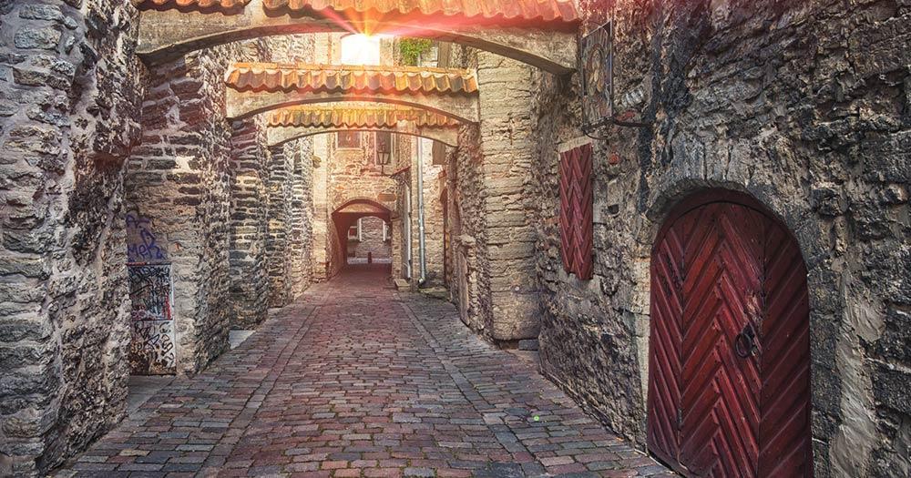 Tallinn -  St. Catherine's Passage