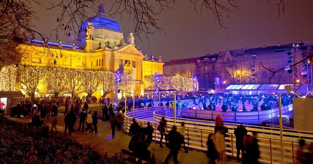 Weihnachtsmarkt Zagreb -  Weihnachts Eis Park