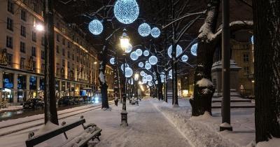 Münchner Christkindlmarkt - Promenadeplatz zu Weihnachten